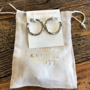 NWT! Kendra Scott Colette Earrings